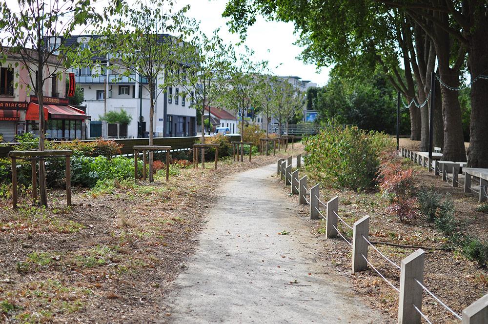 Parcs et jardins alfortville for Piscine alfortville